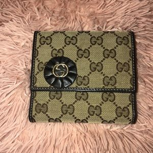 AUTHENTIC GUCCI COIN PURSE WALLET